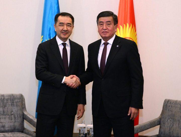 Бакытжан Сагинтаев и Сооронбай Жээнбеков