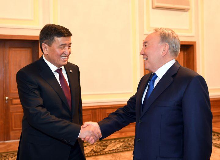 Сооронбай Жээнбеков и Нурсултан Назарбаев. Фото: пресс-служба Акорды