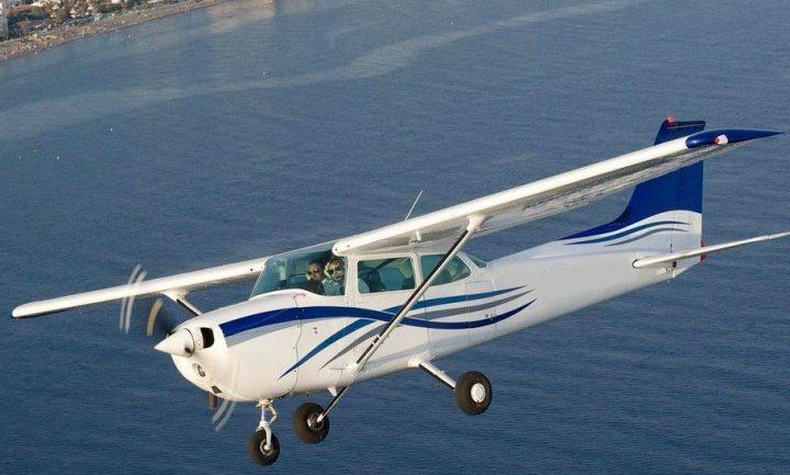 Самолет Cessna-172