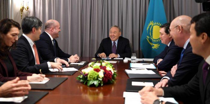назарбаев и шварц