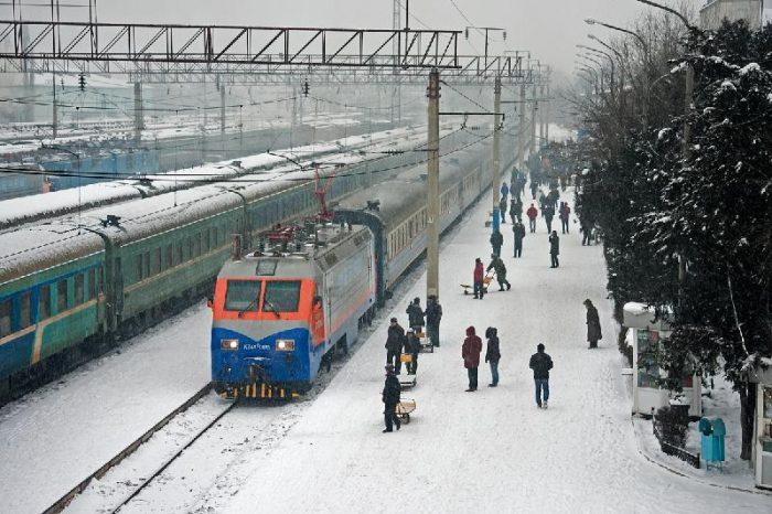 поезд зима