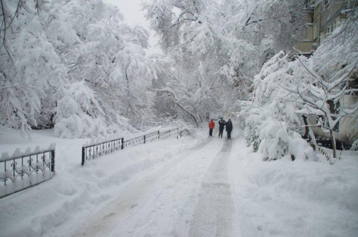 снег алматы