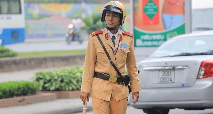 вьетнам полицейский