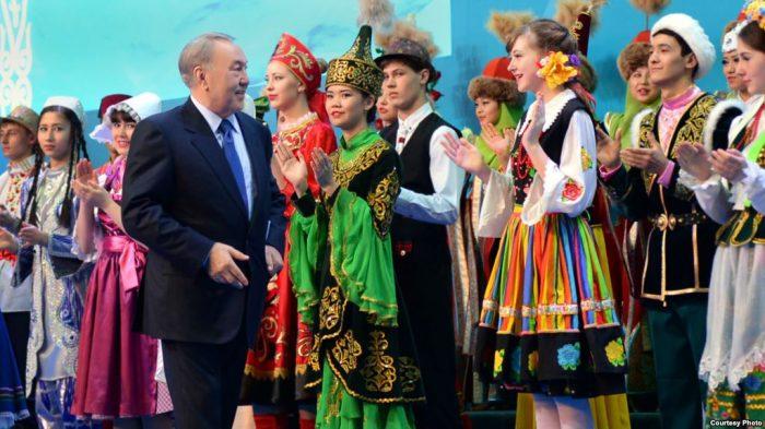 назарбаев на праздновании 20-летия АНК