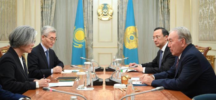 назарбаев и корейский министр