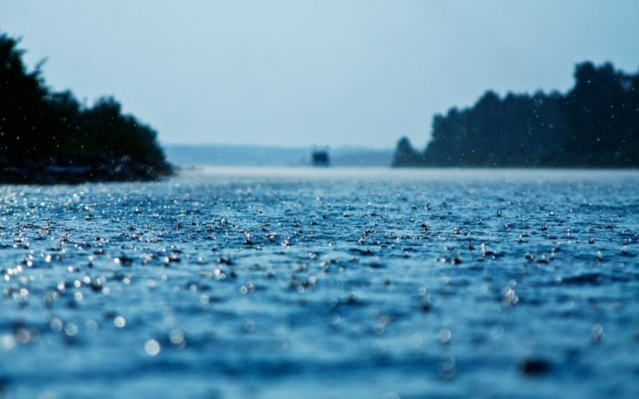 река дождь