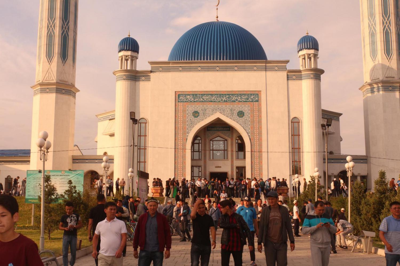 0d2fa94caa02a46004af00eedd5d5765 - What Islam prefer Kazakhstan?