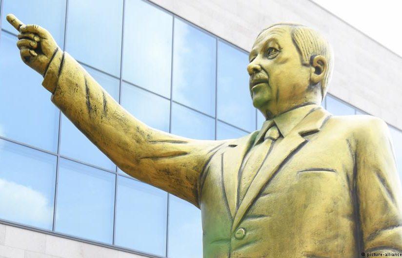 Статуя Эрдогана в Германии