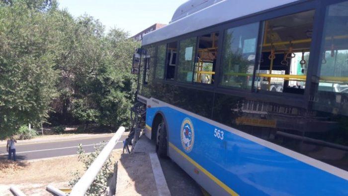 дтп с автобусом алматы