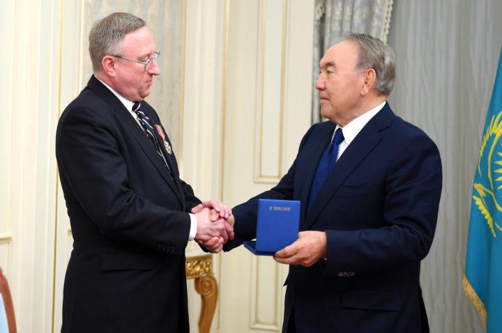 Назарбаев и Крол