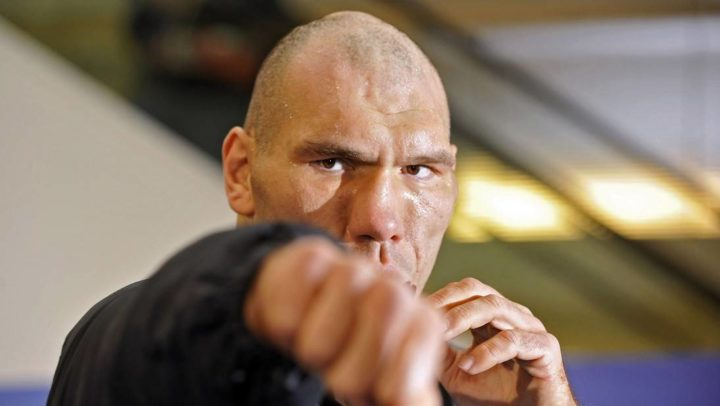 a5246ac4dfa091b7ca3dcee0084c7d41 e1538112923903 - Nikolai Valuev recommends everyone to watch the fight Gennady Golovkin