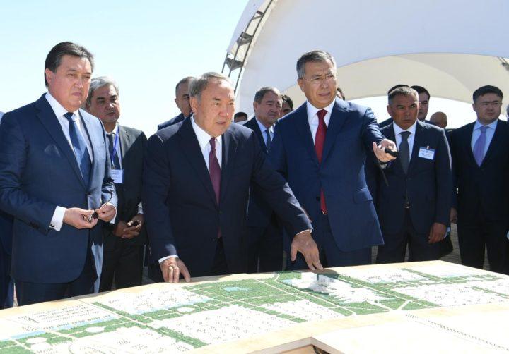 Назарбаев в Туркестане