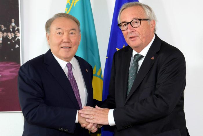 назарбаев юнкер