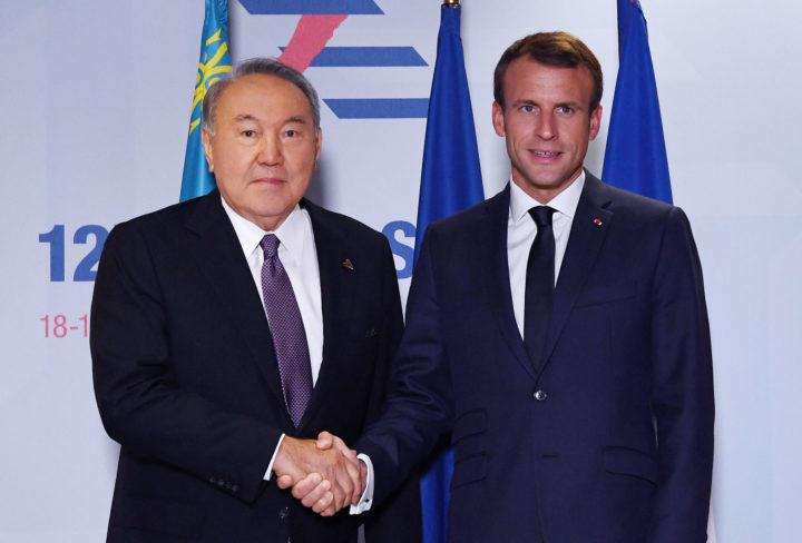 Назарбаев и Макрон. Фото: пресс-служба Акорды