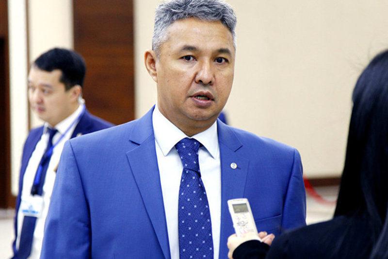 Азат Перуашев