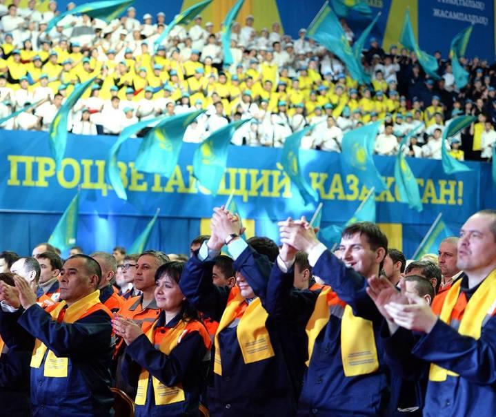 Казахстанцы, Казахстан