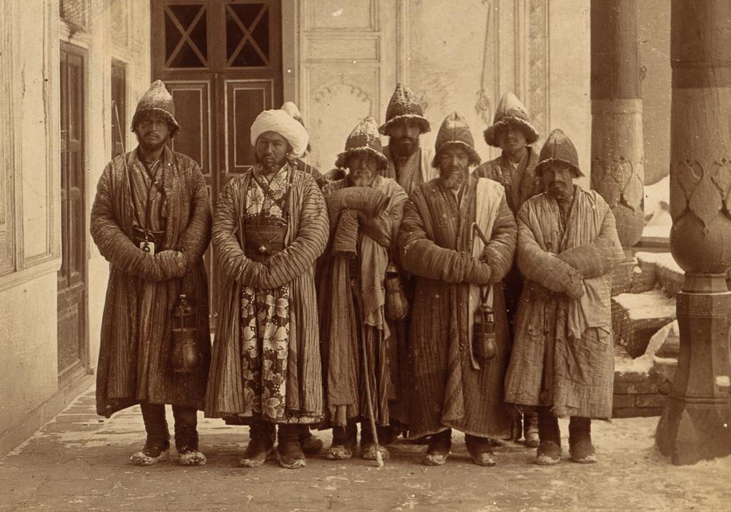 Монахи суфийского ордена каландаров
