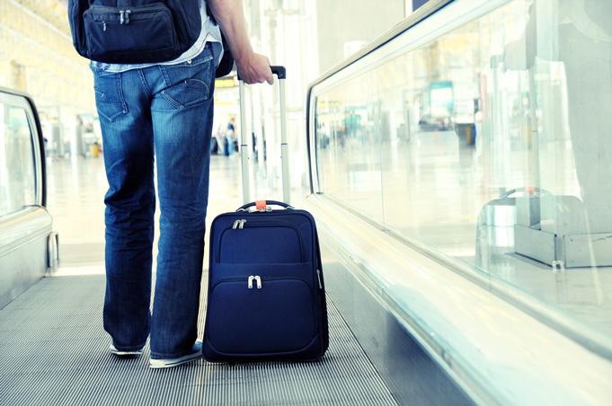 переезд чемодан миграция