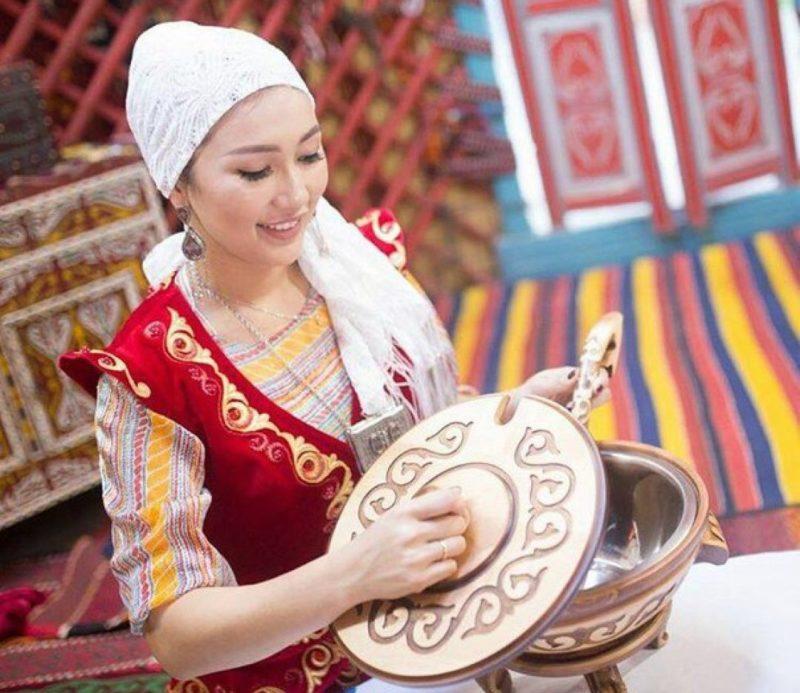 показывает келин на казахском переводе изменяет