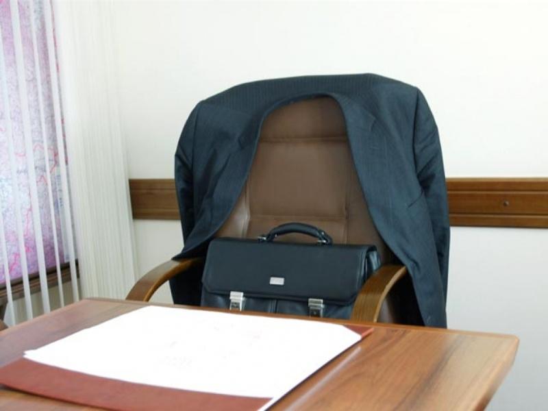 пустое кресло задержание чиновник