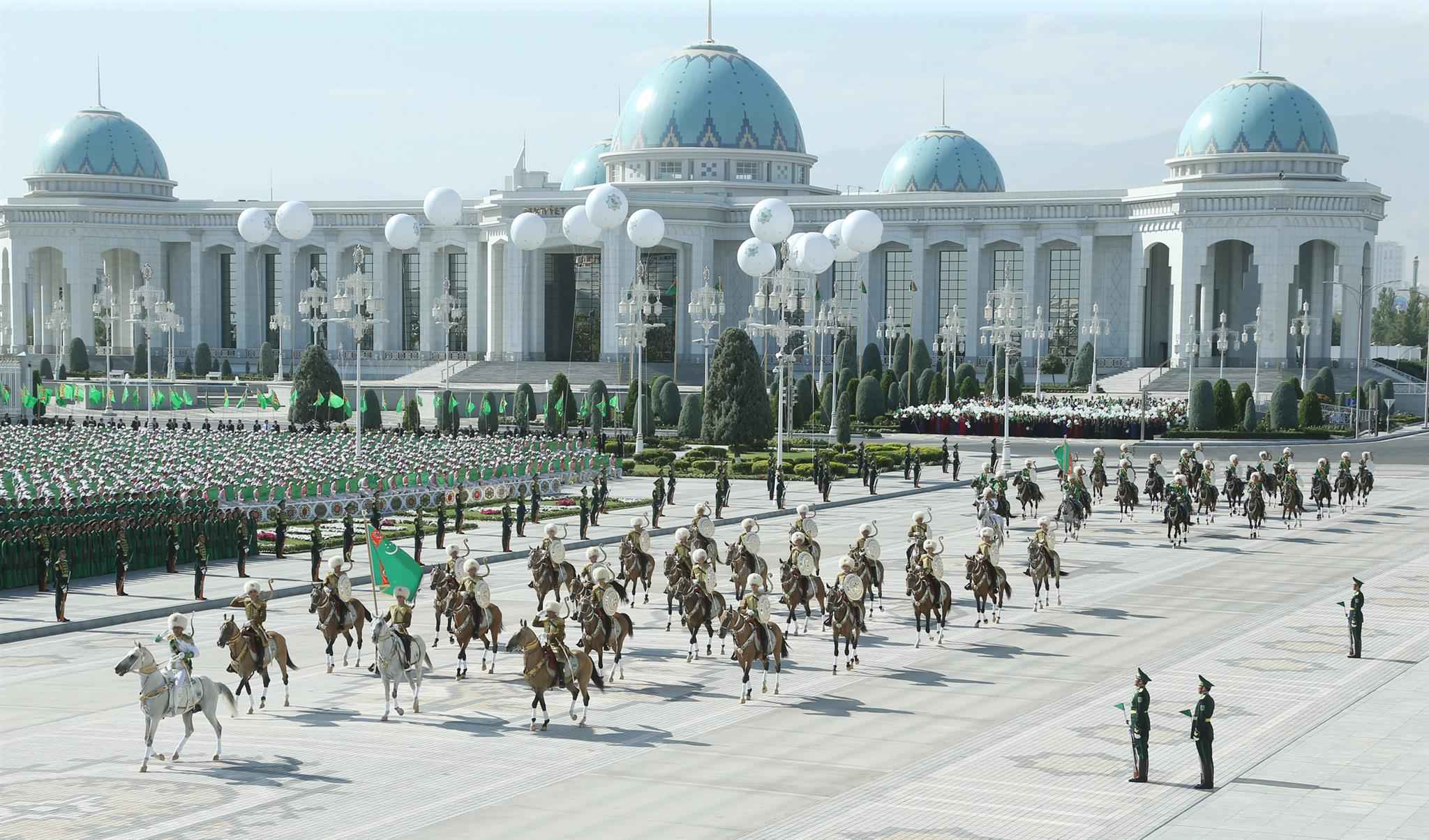 17d76d2416c693e8951b84898df3a8e9 - In Turkmenistan fined for drones and pay for slain dogs — media review