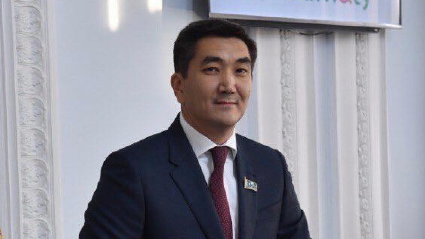 Мухит Азирбаев