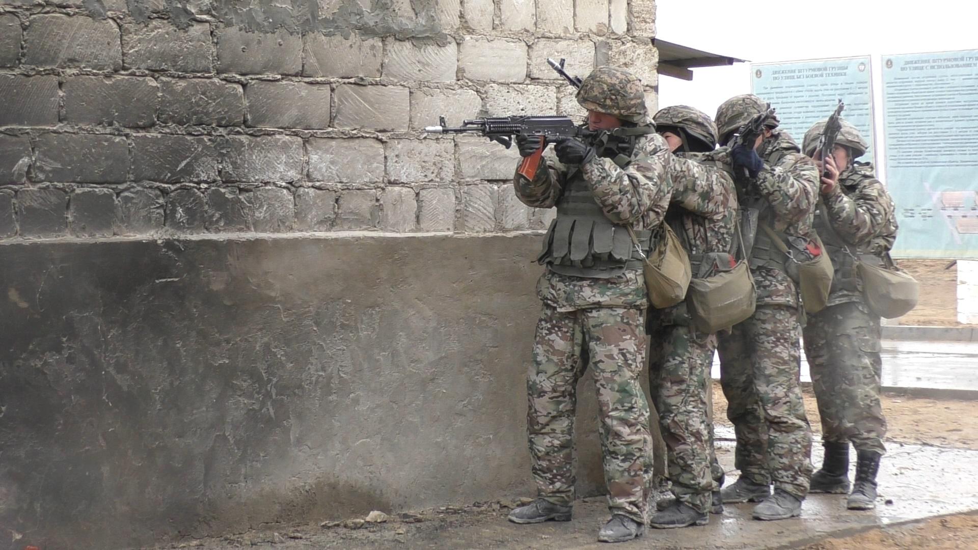 Армия Казахстана, военные, солдаты
