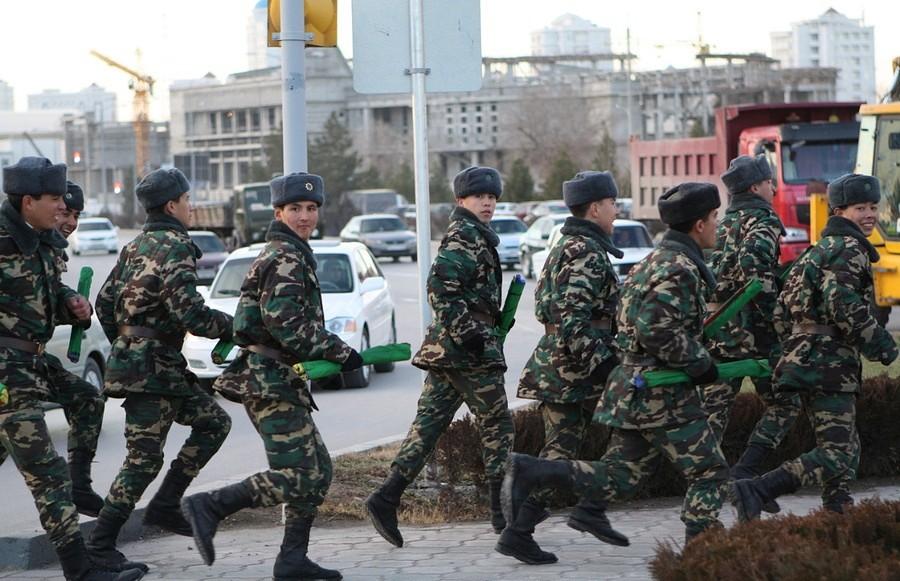 Призывники, Туркменистан, солдаты