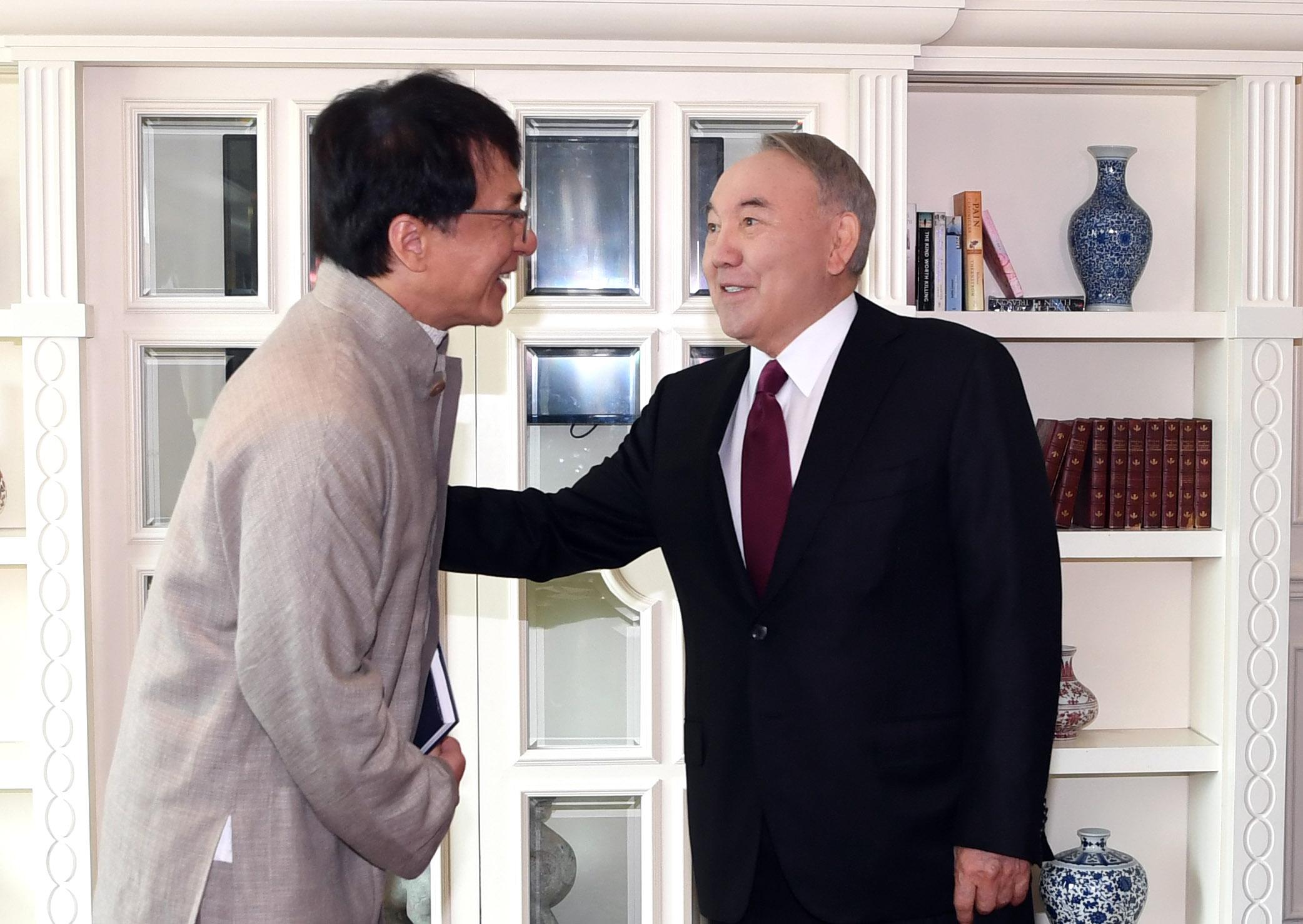 Джеки Чан Нурсултан Назарбаев