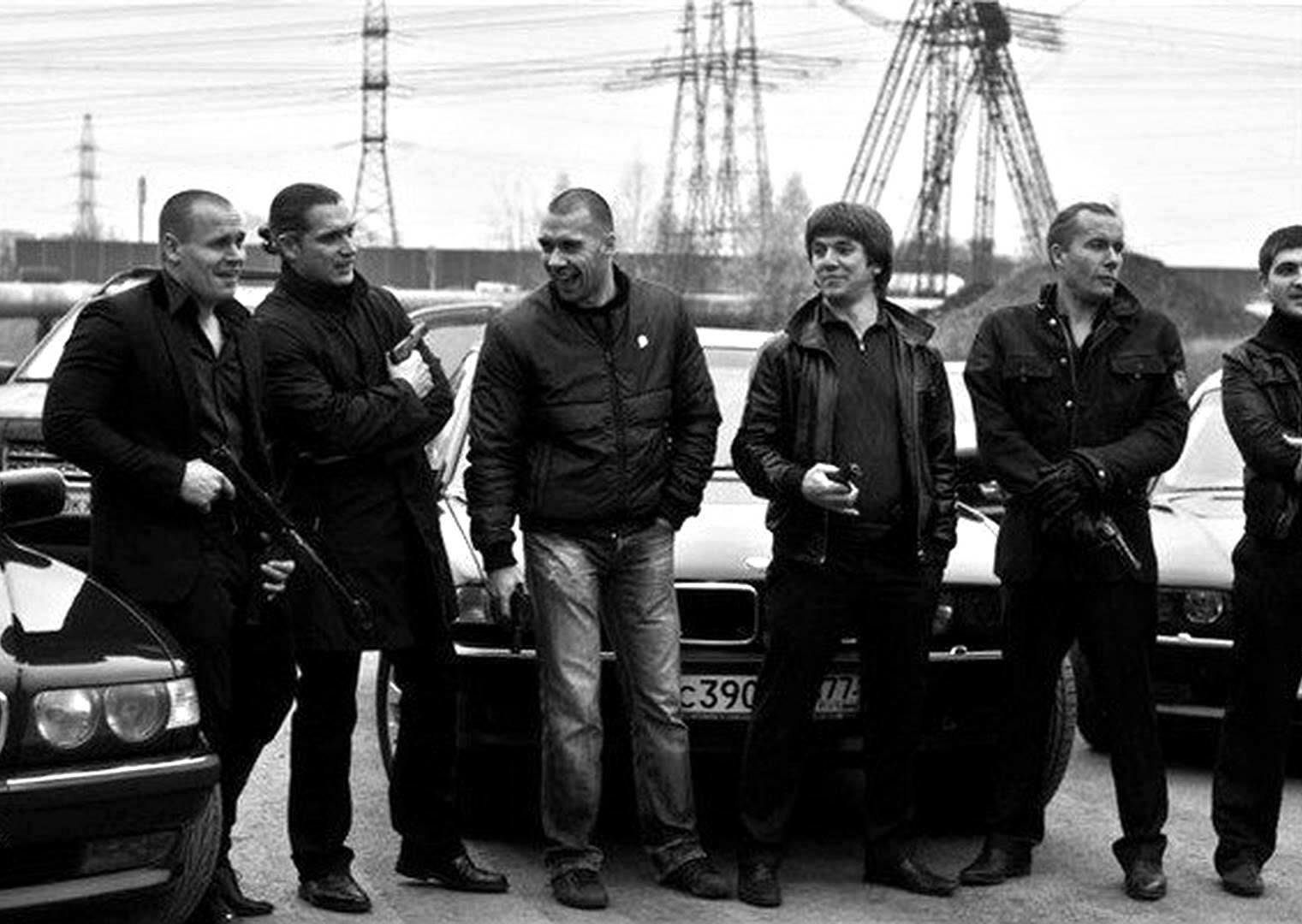Братки, бандиты, девяностые