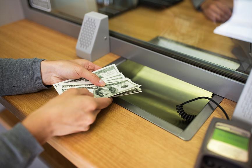 валюта операция доллары