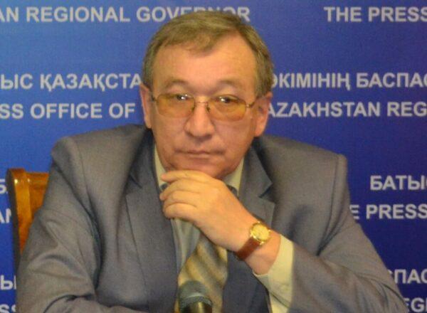 Кенес Абсатиров