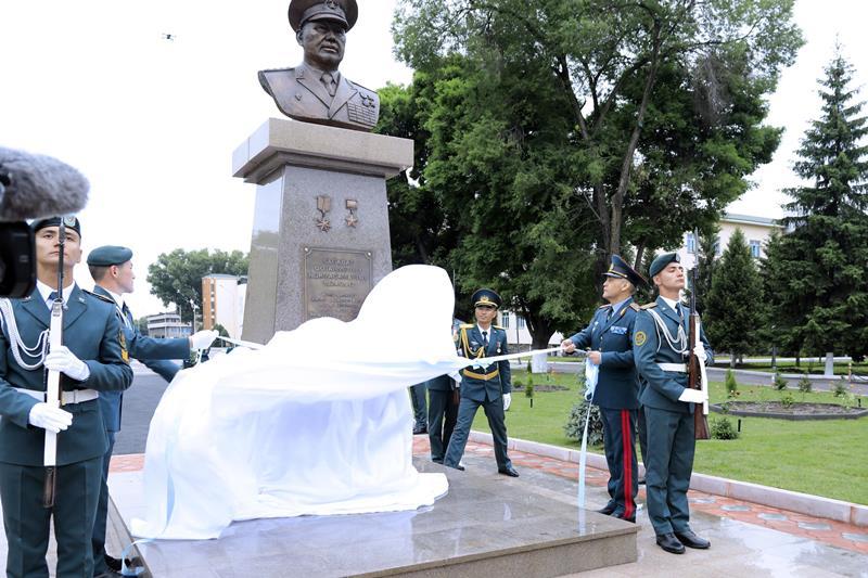 Памятник Сагадату Нурмагамбетову