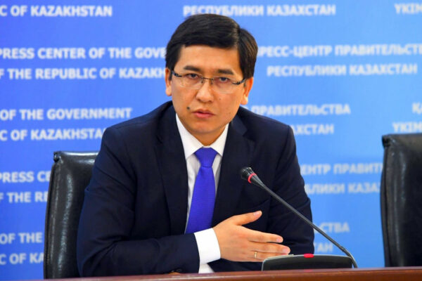 471a6cf603d69c3580a877d544f39980 600x400 - The Minister of education and science stood up for the Kazakh students