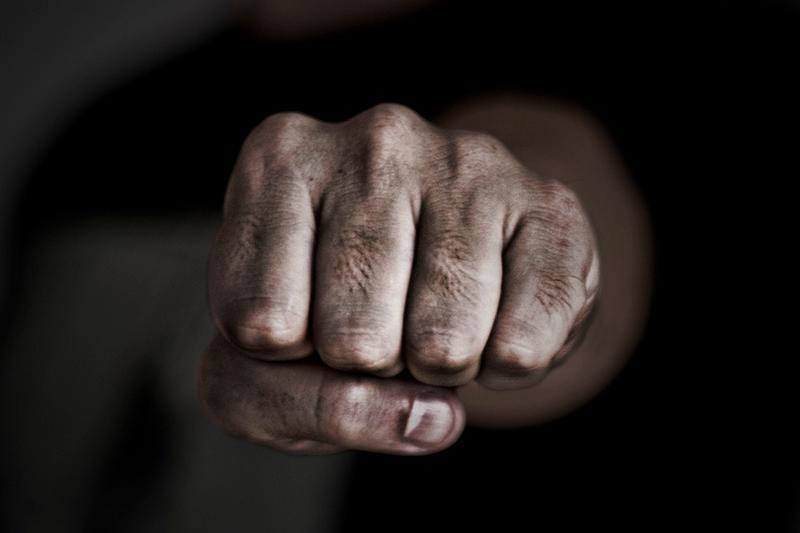 85-летнего пенсионера избили в Алматинской области