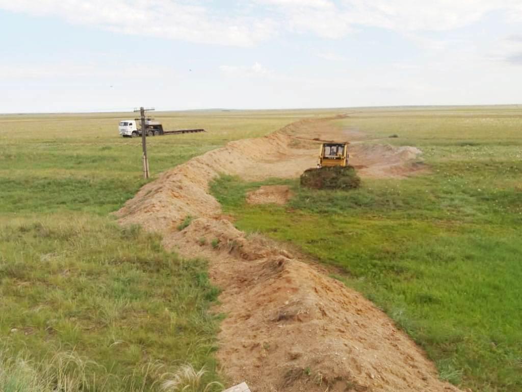 устройство земляного противопаводкового вала в Карагандинской области