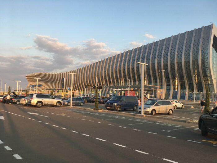 Новое здание аэропорта Симферополя