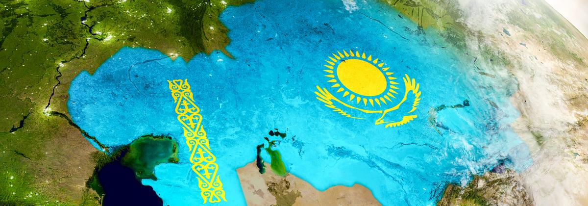 Жители Казахстана удовлетворены отношениями с Россией в их нынешнем виде, а еще 26% хотели бы сближения с Россией