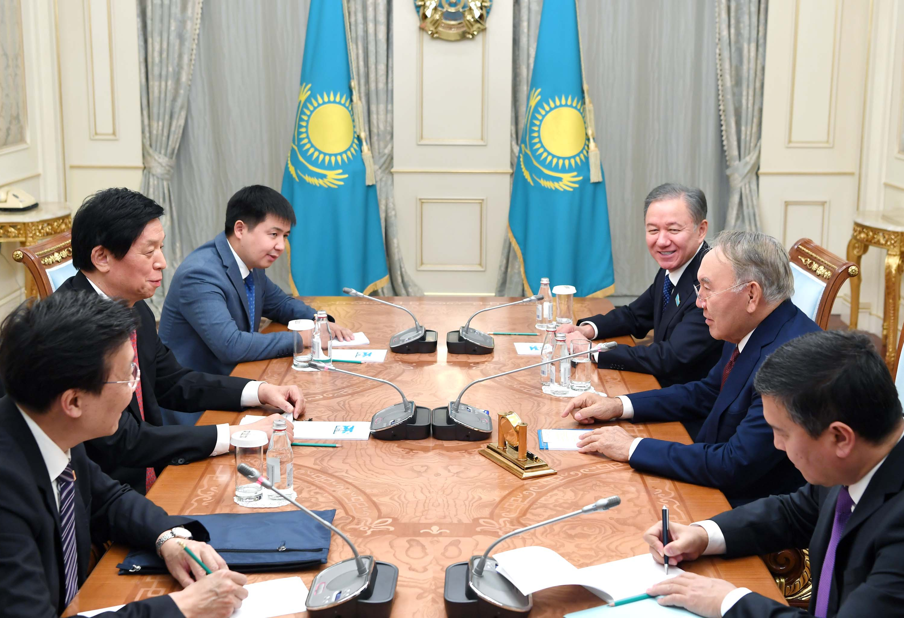 75d7dd2d80185857c7b0369330a88b79 - Nursultan Nazarbayev received the head of the Chinese Parliament