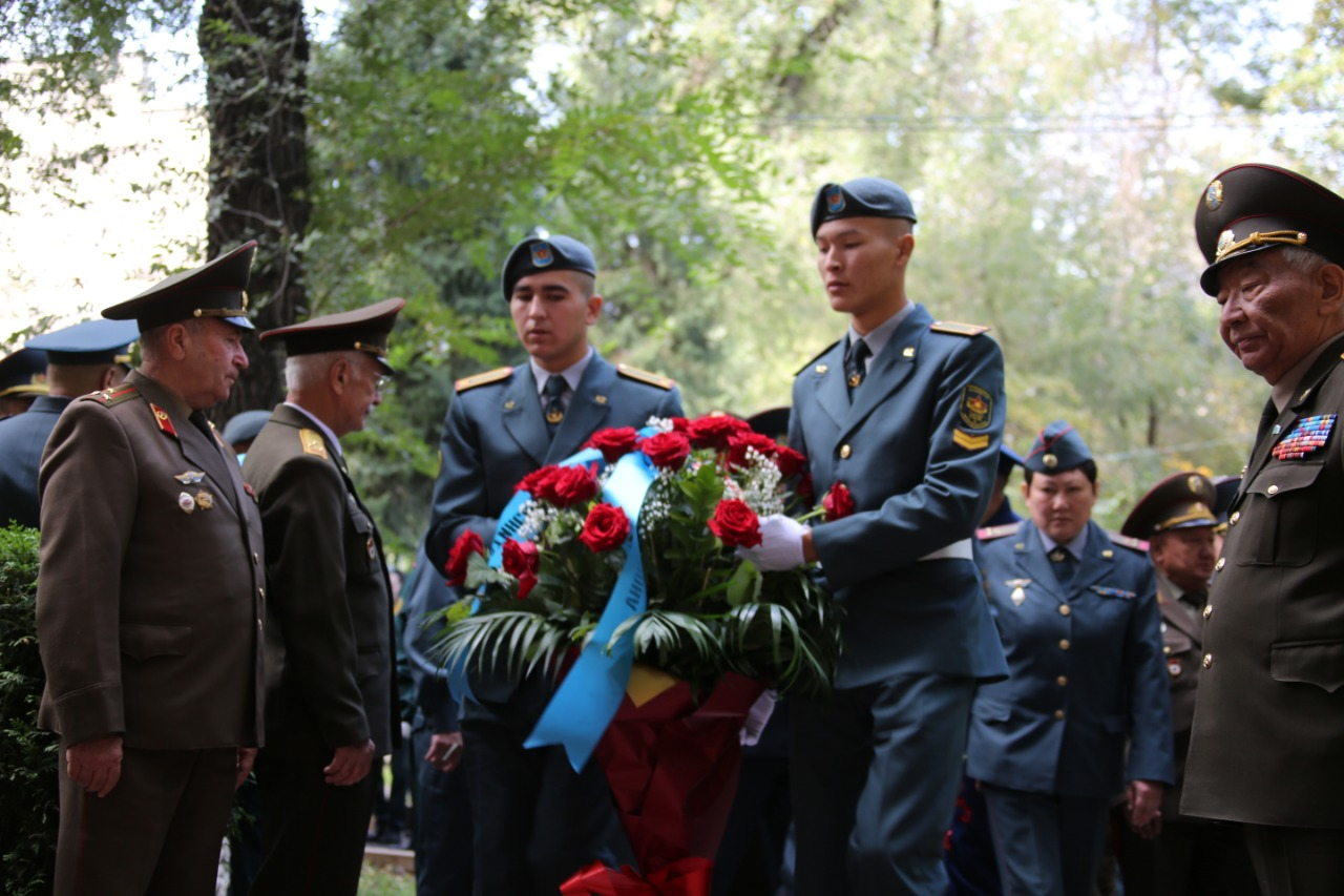 79409c3c17b9138c45af5c0ef1601037 - In Almaty commemorated the famous General