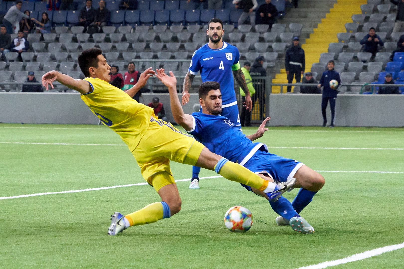 06aa29db20cabde253ad0f73c90ef99d - Three players of the national team of Kazakhstan will play against Belgium