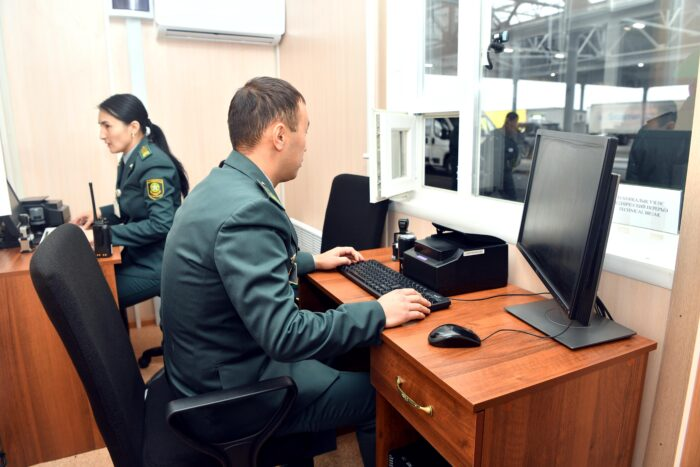 0fefecc7340182b4076fbc4c08ba8aa4 700x467 - Dariga Nazarbayeva visited the border post on the Kazakh-Russian border