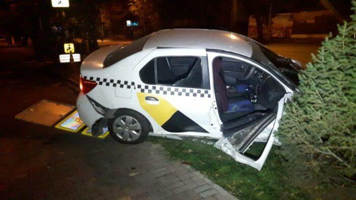 дтп с такси в алматы ночь на 7 октября 2019