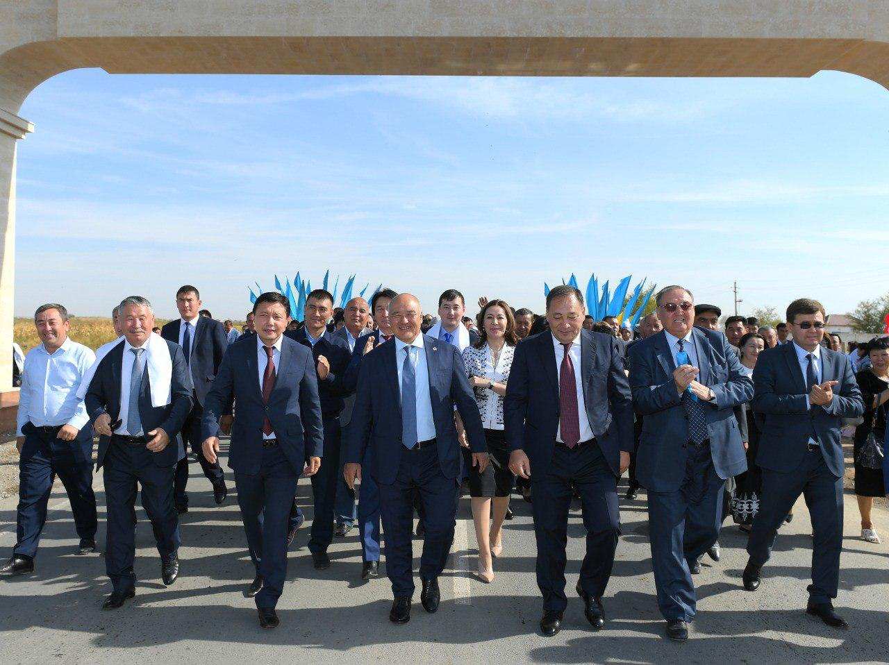 539d57507068f57aa29444495350fc4c - The head of the Federation of trade unions visited the Turkestan region