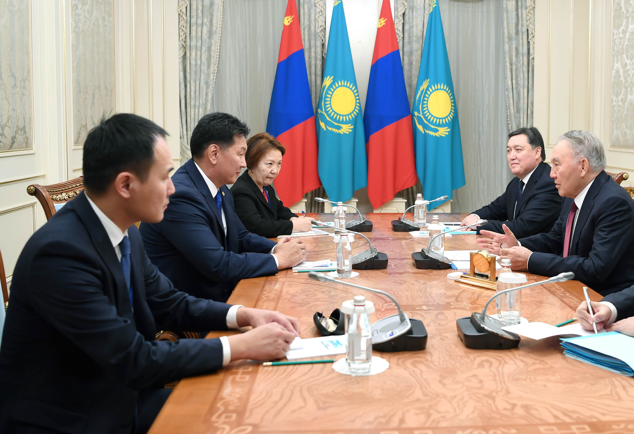 81a494cfa89fcdcbd9808345172d459f - Nursultan Nazarbayev pointed to the low level of trade in Mongolia