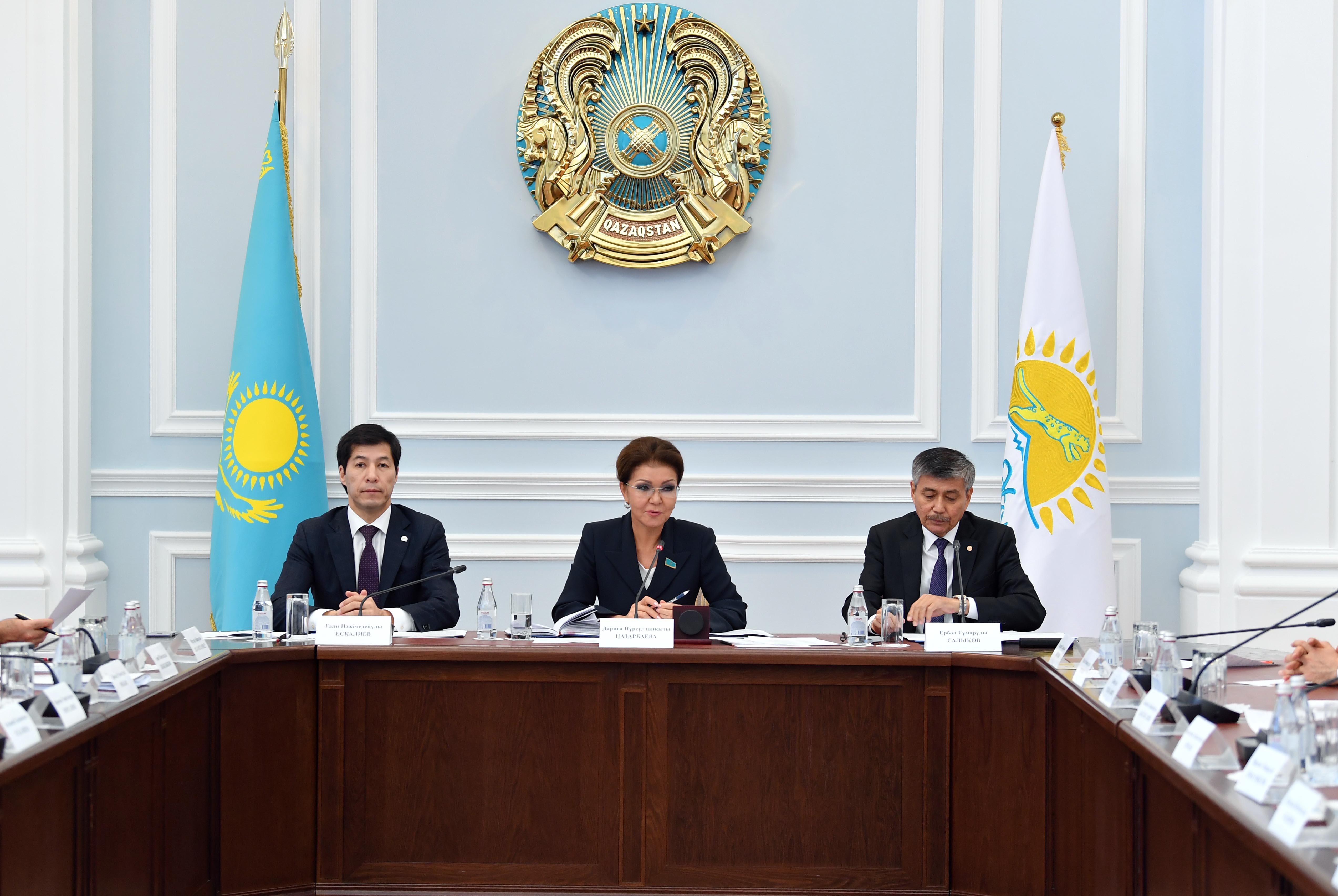 889715d886668d433d546162b26d32b7 - Dariga Nazarbayeva met in Western Kazakhstan