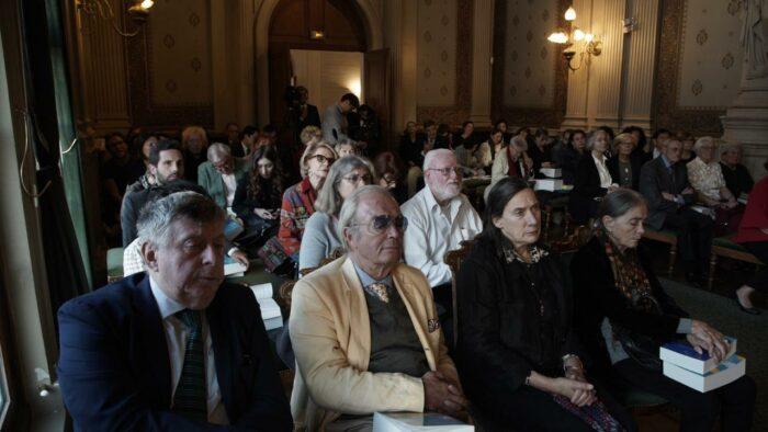 презентация антологий казахстанской литературы в париже