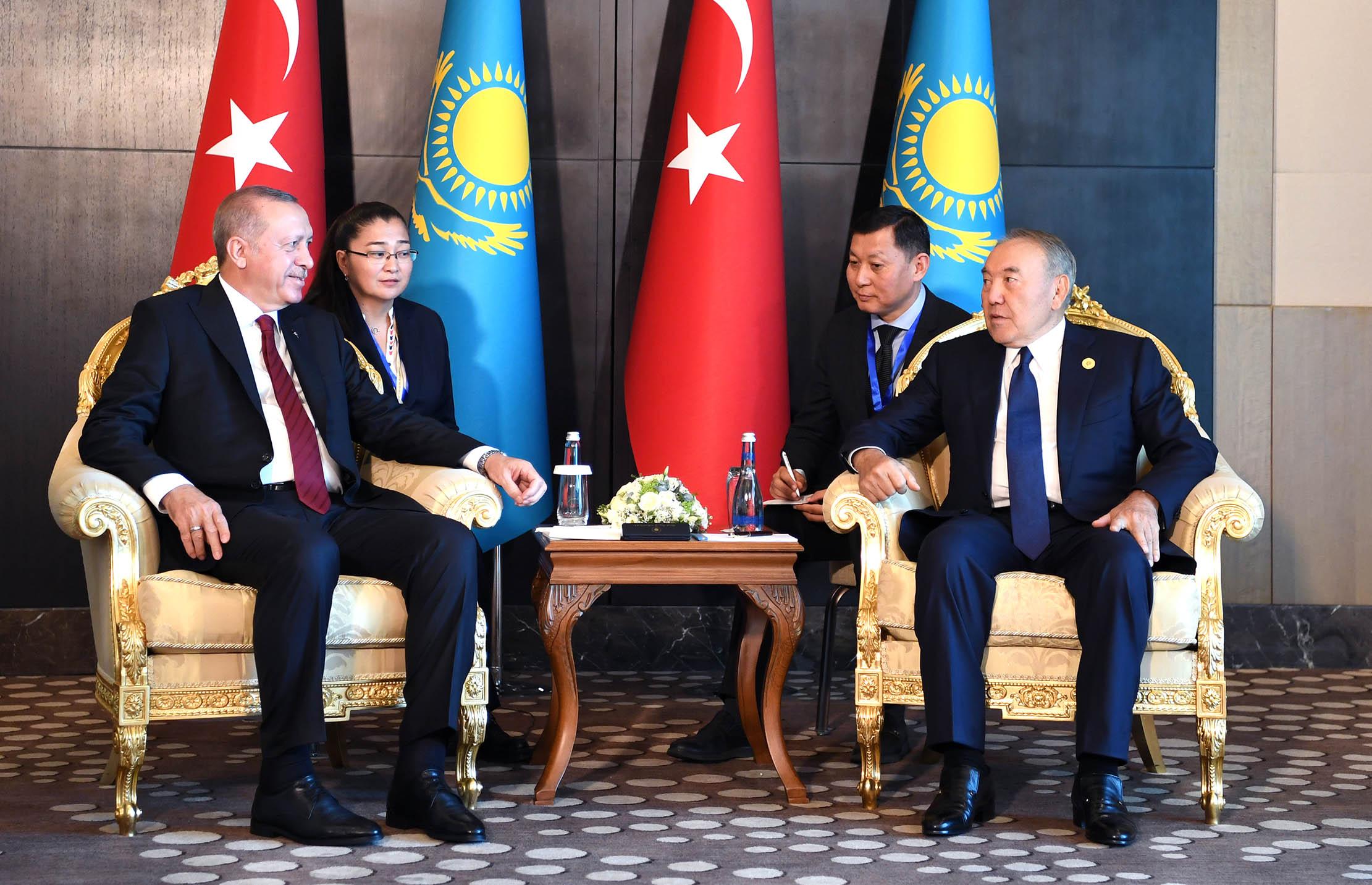 a7749d7f38a3eb59c0d88b30728c046c - The first President of Kazakhstan met with President of Turkey