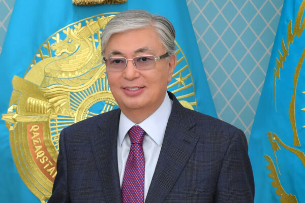 "c926782ffee4eb1e4dd72e86c3d7290d e1571740636155 600x400 - Kassym-Jomart Tokayev supported the challenge ""Men kazakpyn"""