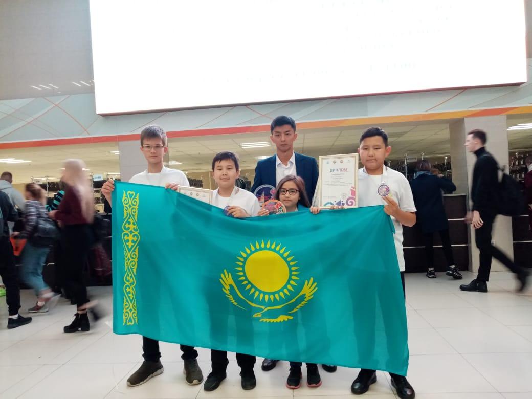 dd1374e8a08f124e3f8480674fb8de29 - Young Kazakhstani chess players took silver in the international tournament